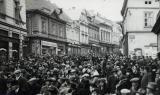 18.2.1934 - Široká ulice - po sněhu ani památky.